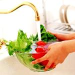 怎样洗菜才能防甲醛蓝矾 农药残留如何去除