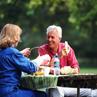 老年朋友预防老年痴呆要做到这七条